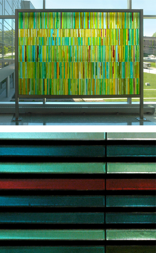 Art glass screen and glass bars